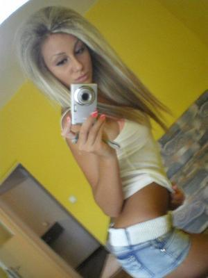 Looking for local cheaters? Take Yael from Reno, Nevada home with you