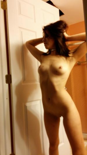 Chanda from Newstuyahok, Alaska is looking for adult webcam chat