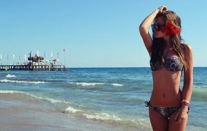 Alethia from Garden Grove, California is looking for adult webcam chat
