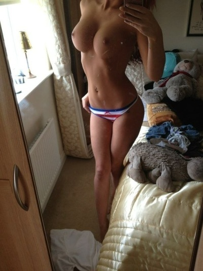 Marguerita from Salinas, California is looking for adult webcam chat