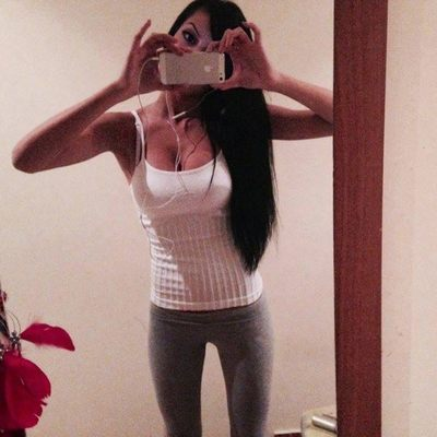 Loise from Delta Junction, Alaska is looking for adult webcam chat